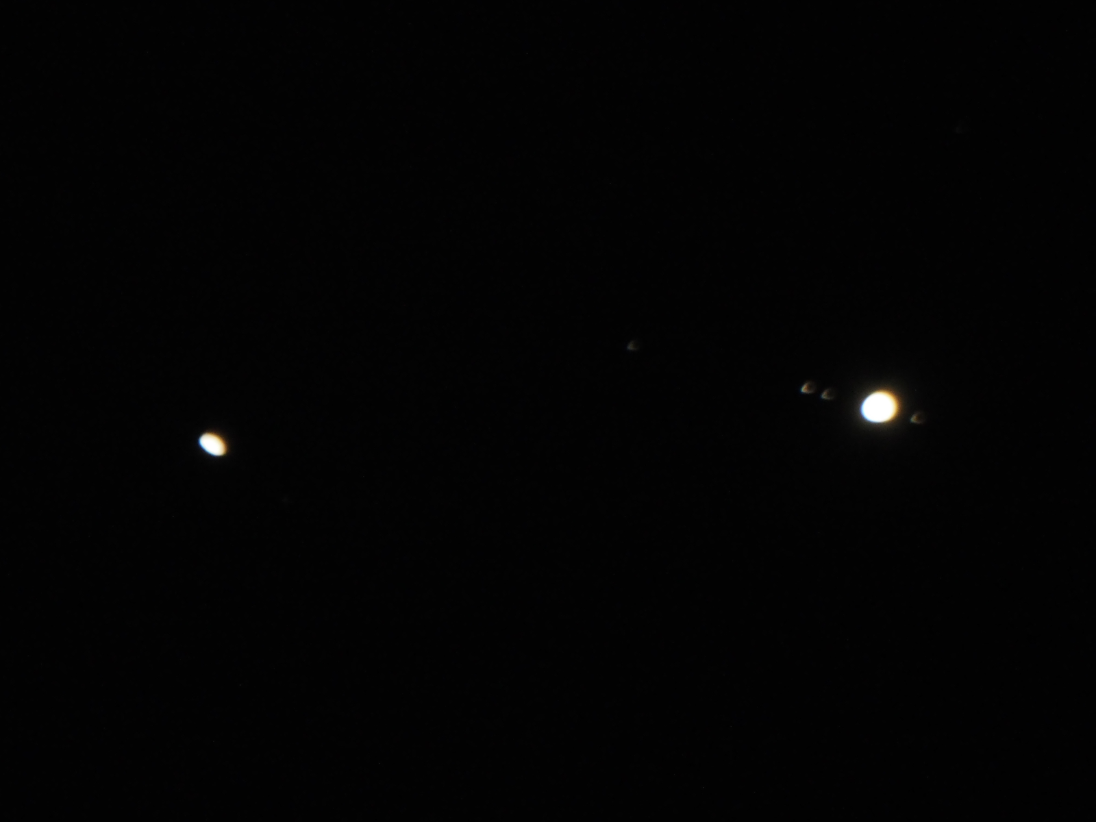 Jupiter and Saturn on Dec 18 - kc-pc186049a